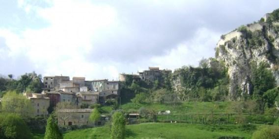 Vallée de l'Esteron   Gilette et Toudon