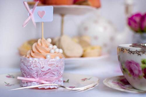 chipping norton tea set wedding cupcakes cotswolds