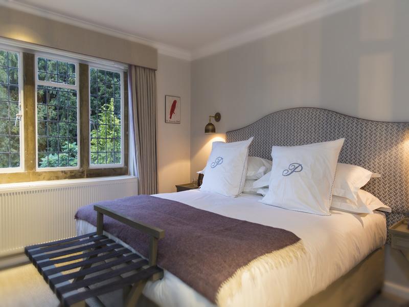the-painswick-hotel-cotswolds-concierge (1)