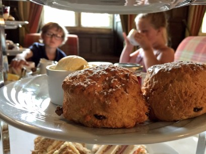 afternoon-tea-lygon-arms-cotswolds-concierge (12)