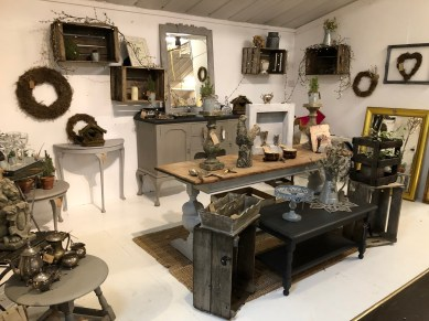 bonds-lifestyle-antiques-cafe-stratford-upon-avon-cotswolds-concierge (28)