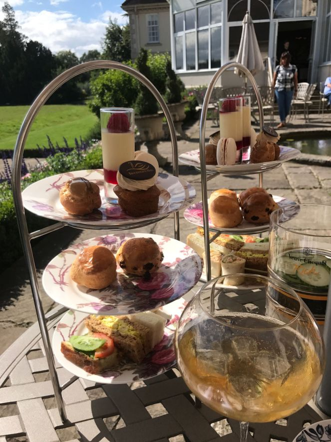 afternoon-tea-brockencote-hall-cotswolds-concierge (29)