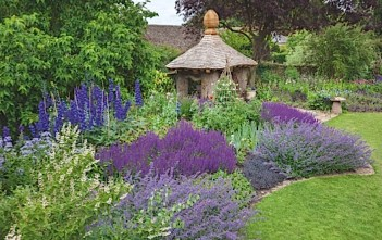 highgrove-garden-champagne-afternoon-tea-cotswolds-concierge (4)