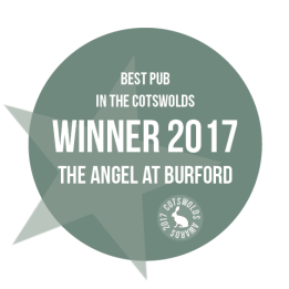 winner-2017-the-cotswolds-awards-best-pub
