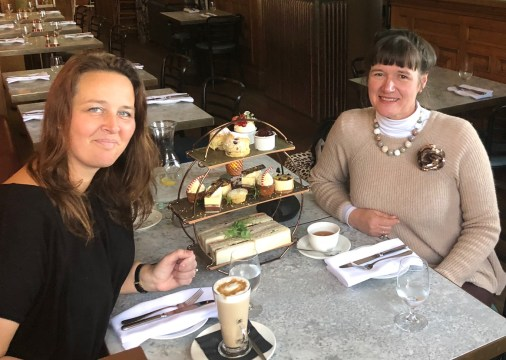 festive-afternoon-tea-eynsham-hall-cotswolds-concierge (3)
