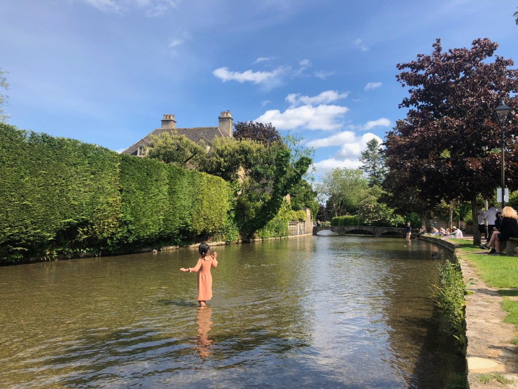 bourton-on-the-water-fun-cotswolds-concierge (3)