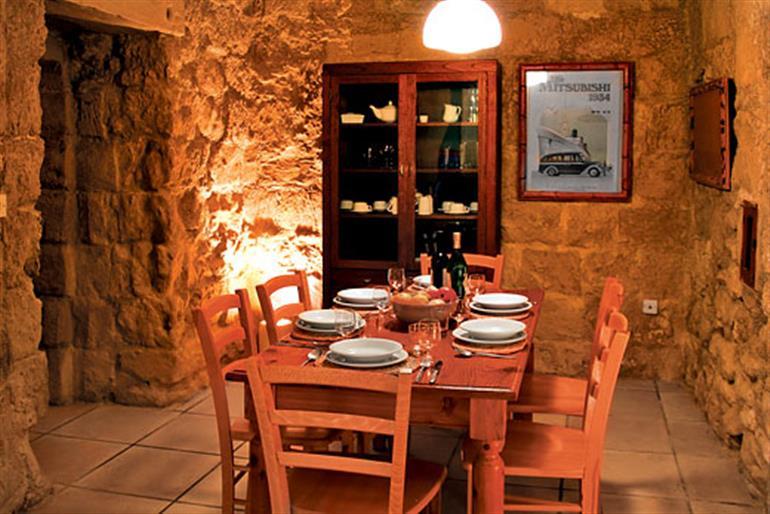 Razzett Tina Ref 7164 In Malta Amp Gozo With Swimming Pool Villas In Ghasri Gozo For