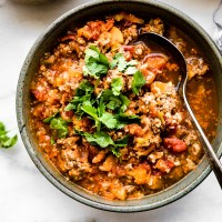 Crock Pot Sweet Potato Chipotle Chili {Paleo}