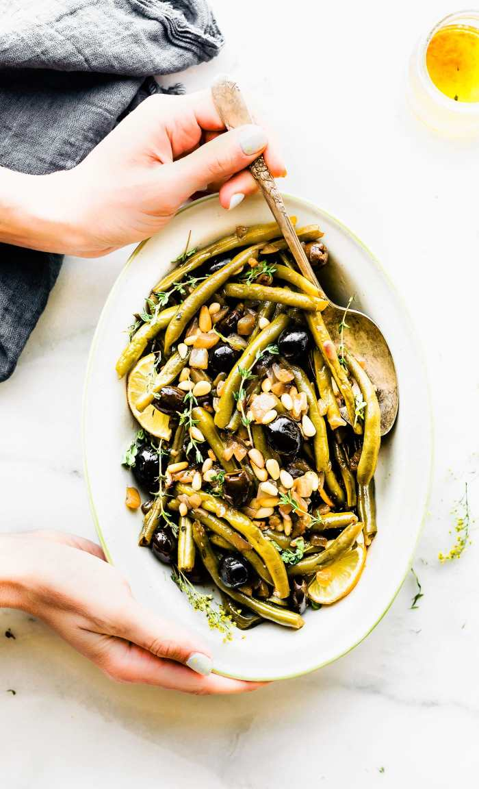 Balsamic Braised Green Beans. Paleo and whole 30 side dish