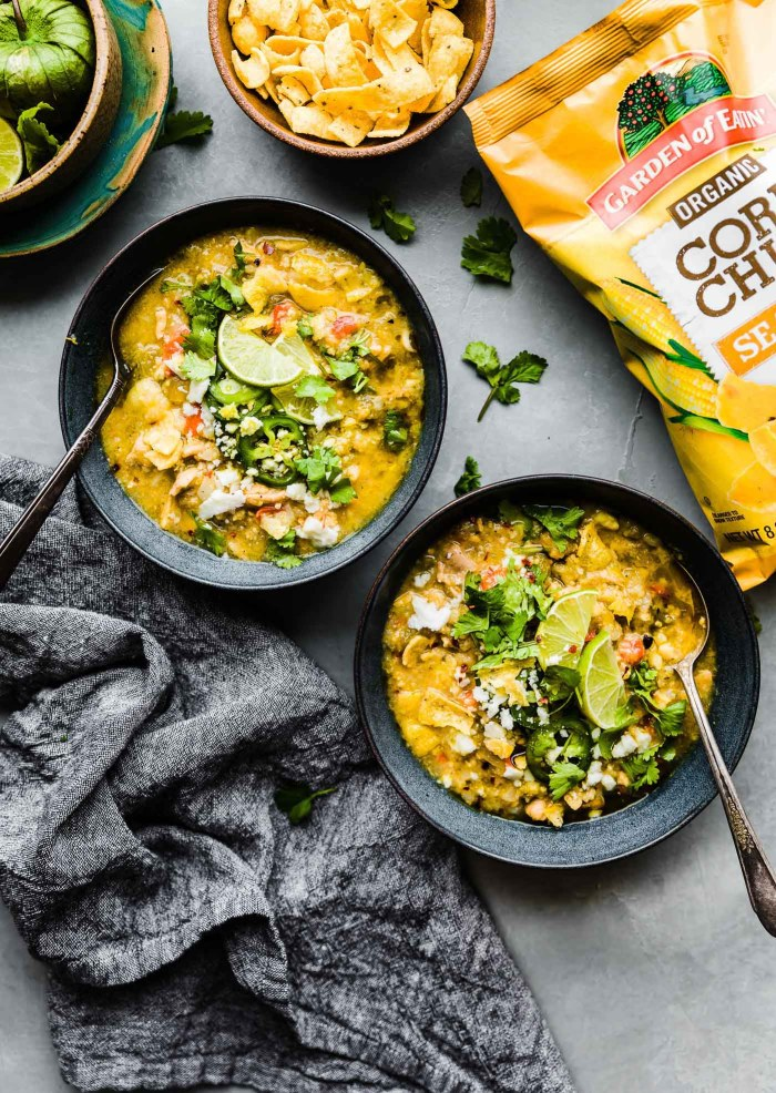 Instant Pot Tortilla Chicken Verde Chili (Stovetop Options) with organic corn chips