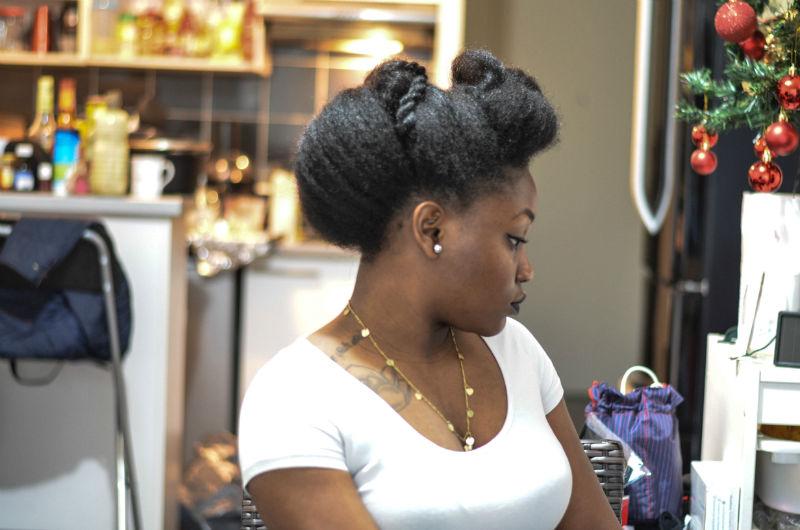 saint valentin coiffure sur cheveux crépus simples