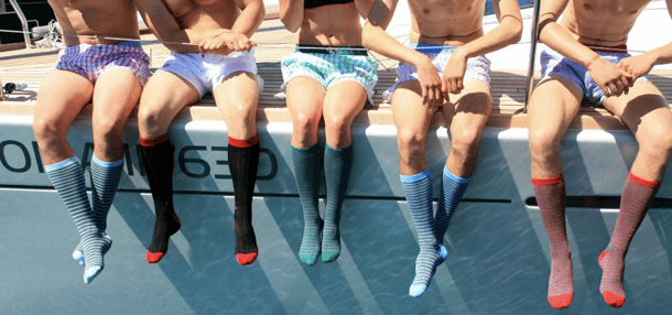 https://blogespritdequipe.files.wordpress.com/2012/10/dagobear_calecons_chaussettes_hommes.png