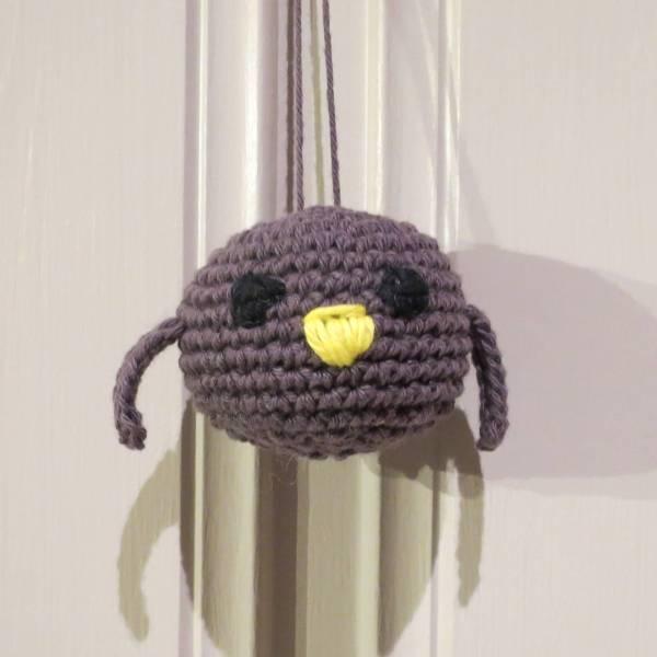 Julekule: Lille fuglen - Støvet Lilla
