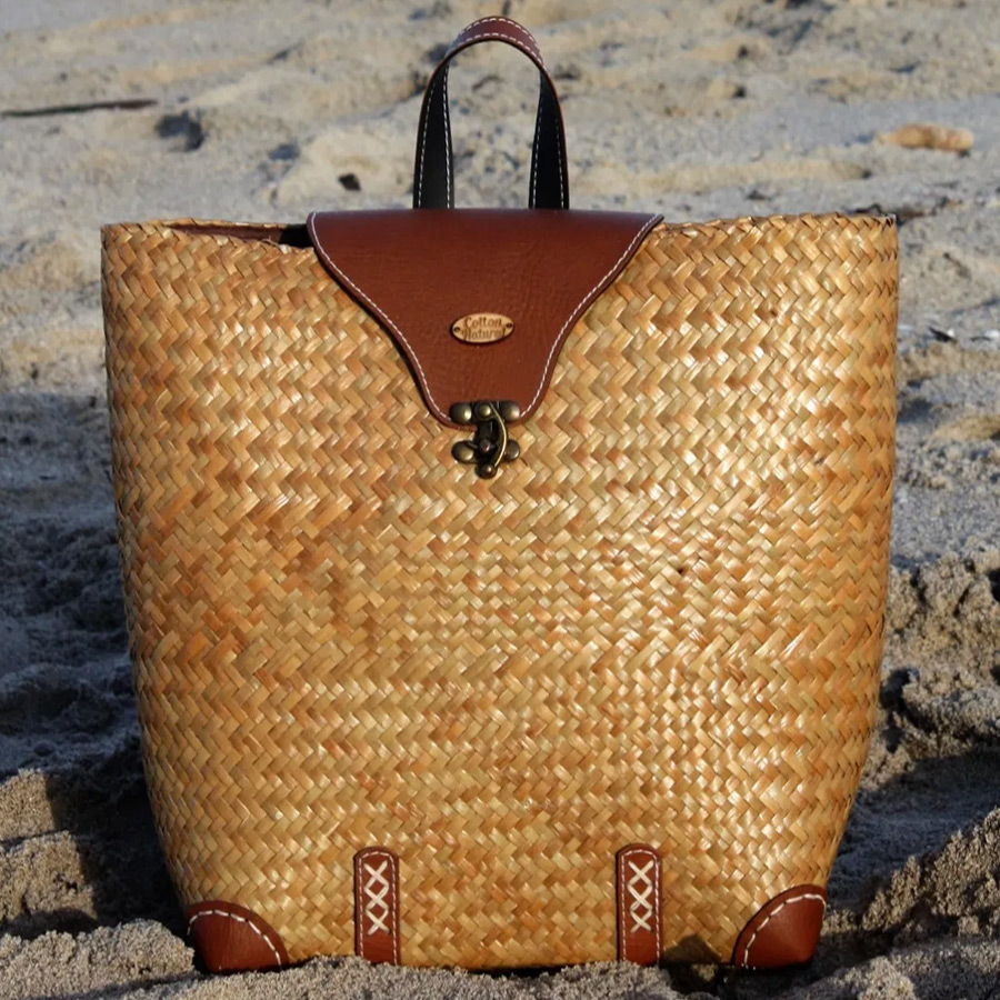 new-size-artisan-backpack-bag