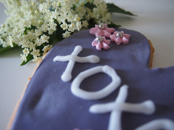 Dekorierte Kekse mit Royal Icing als Geschenkidee