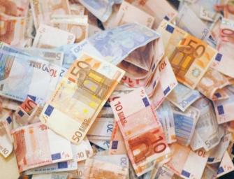 Comment payer ses impôts français depuis l'étranger?