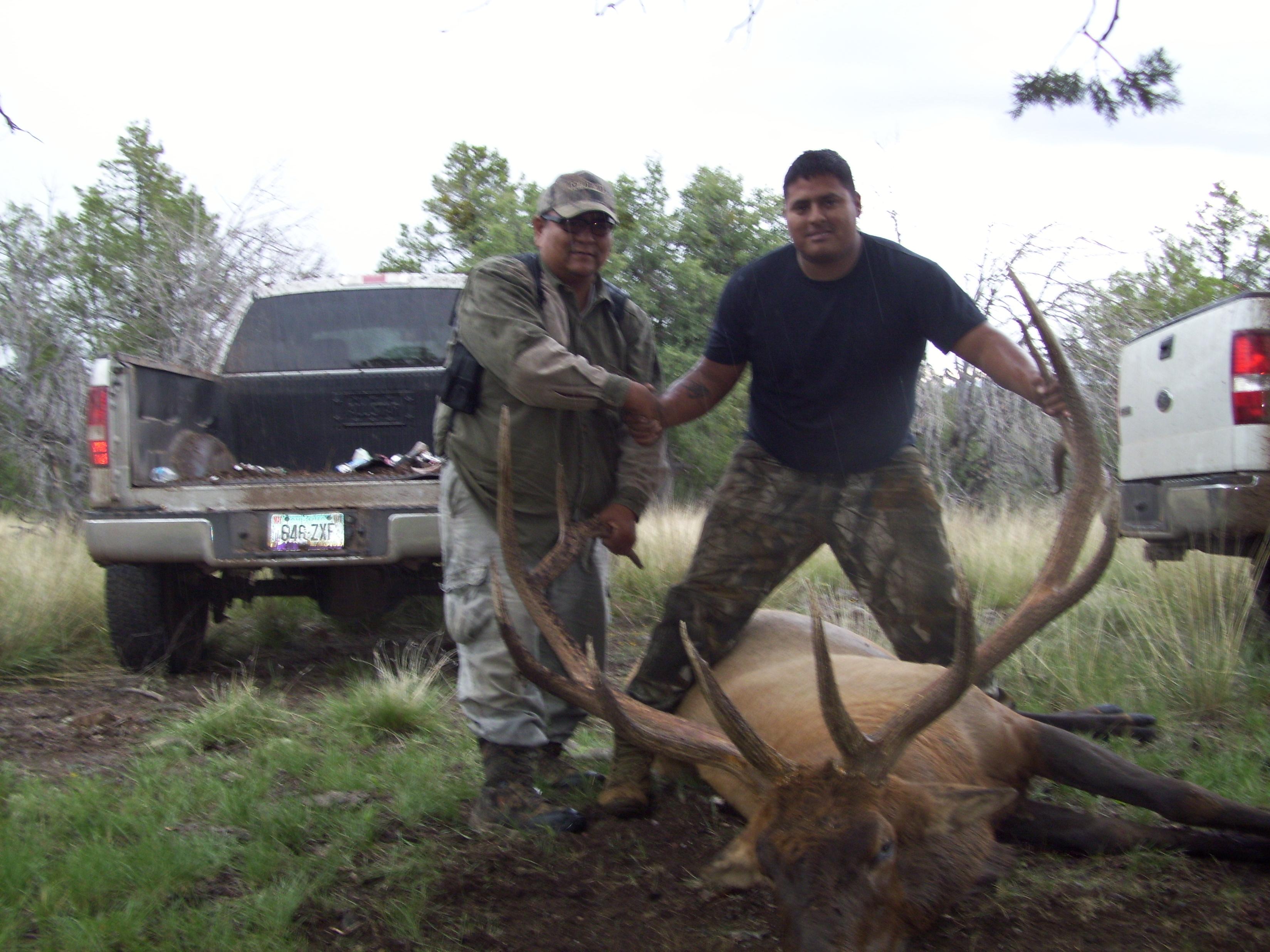 Hunting San Tribe Apache Carlos
