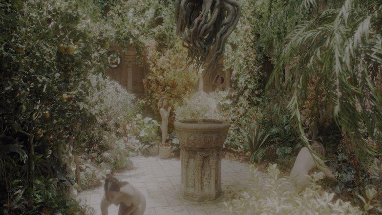 Les actrices inconnues nues dans la série Witcher sur Netflix 3