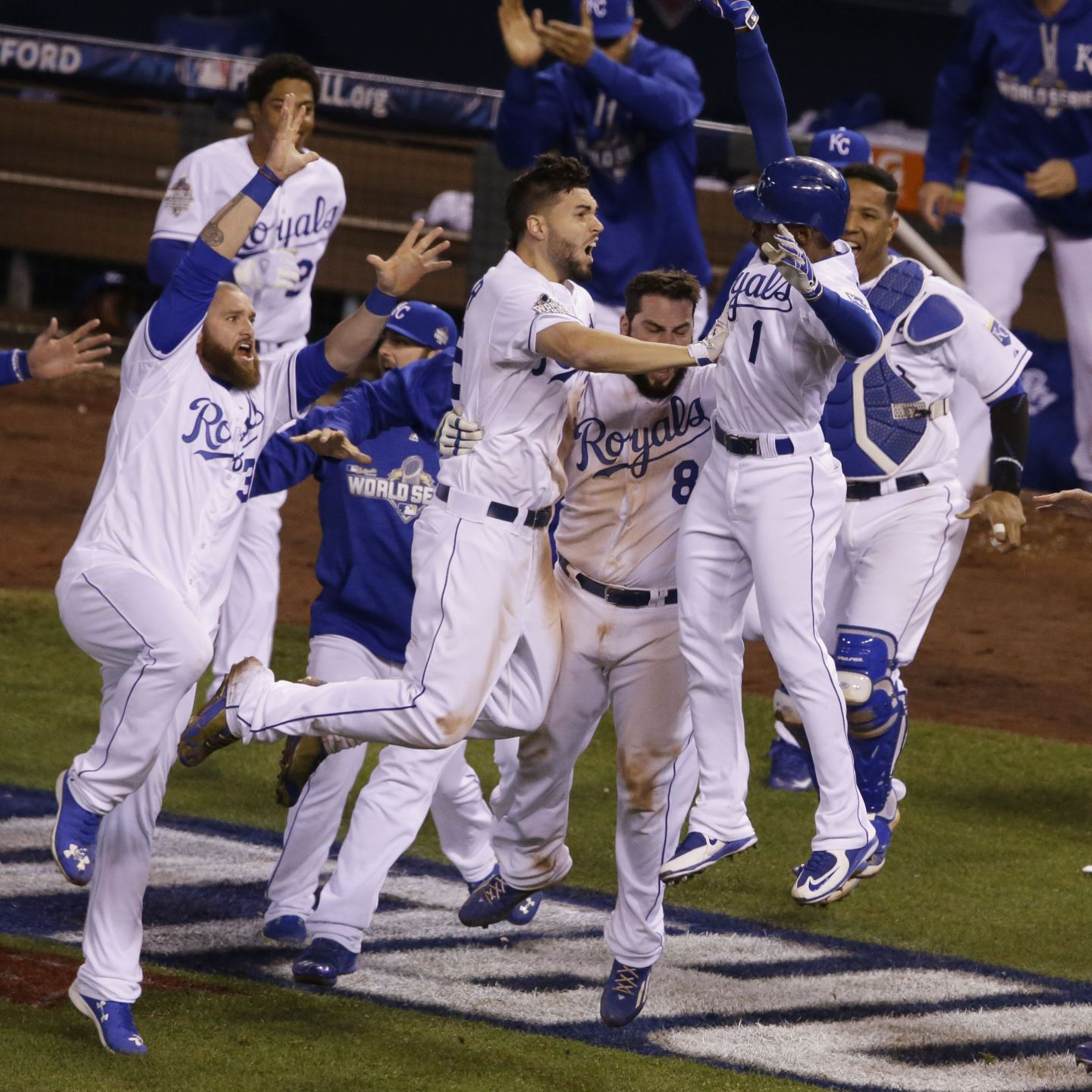 A week in sports, from the NBA tipoff to a World Series Champion and plenty of the in-between.