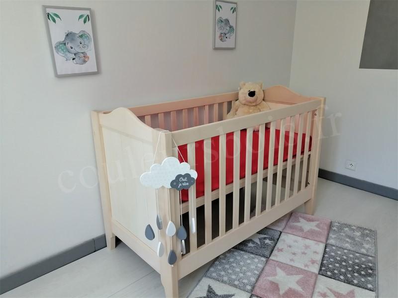lit en bois bebe lisb ecologique avec une finition incolore naturelle