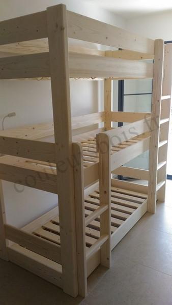 lits superposes triples ecologiques avec une finition naturelle