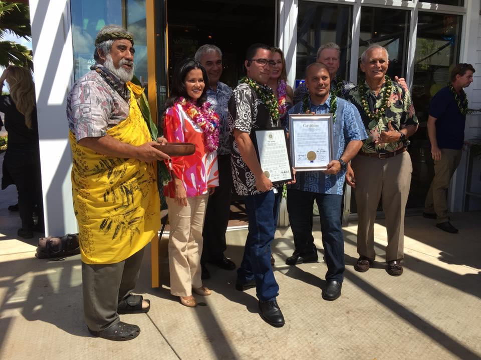 California Pizza Kitchen Kapolei Grand Opening On September 30 2016 Kymberly Marcos Pine