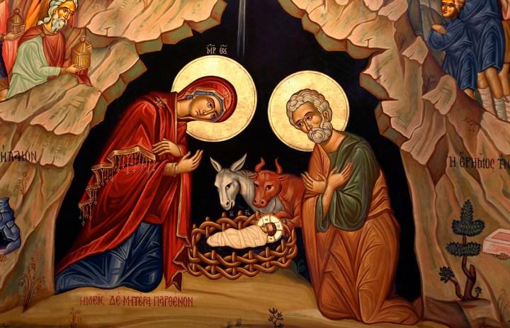 Vendosni një Imazh të Shenjtëruar të Familjes së Shenjtë në shtëpinë tuaj