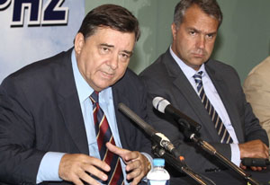 """KaratzaFührer"" (left) and Minister ""Hammer"" (right)"