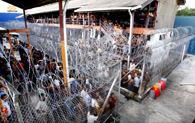 immigration-detention-camp