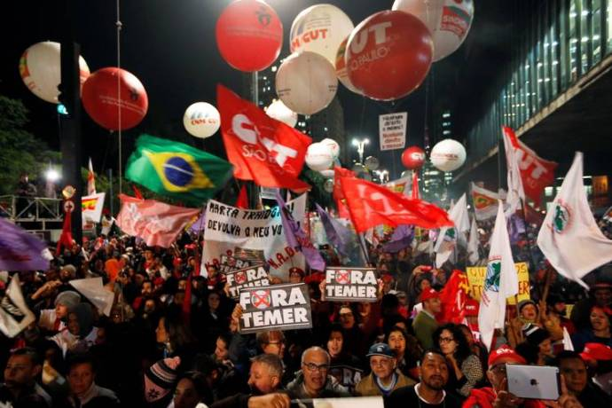 brazil-protest-for-dilma