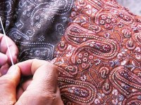 Yasmeen: A Dead Kashmiri Embroiderer!!