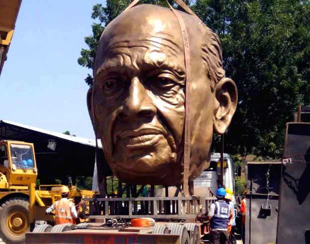 patel-statue1