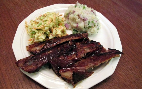 Ribs and coleslaw