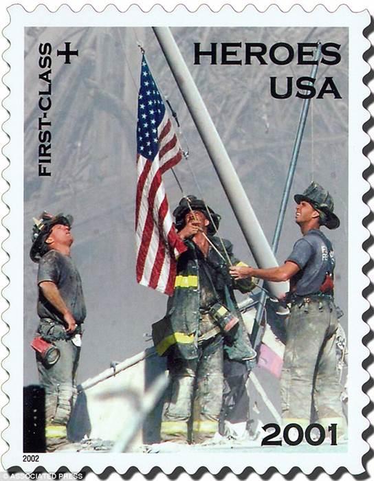 160907-9-11-flag-stamp_f685428e969b14d0d81e65b47b28c306-nbcnews-ux-600-700_225569