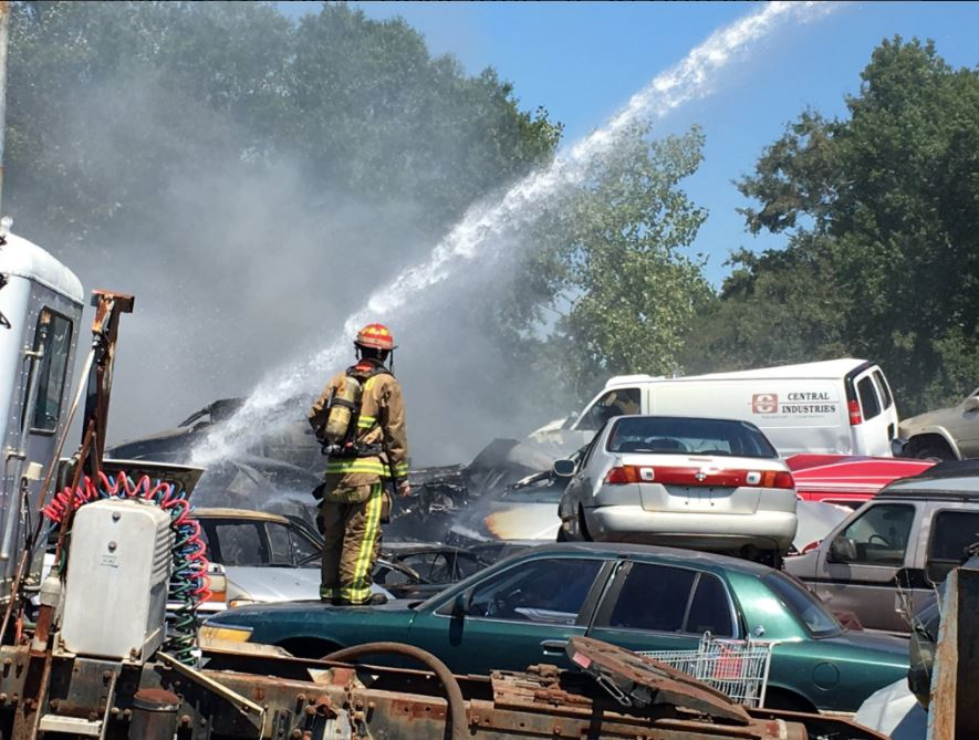 Crews respond to rubber fire in North Charleston3_404384
