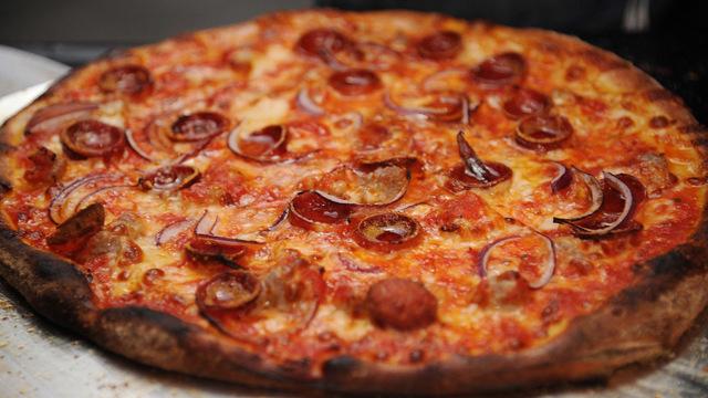 pizza_1537445188989_56227553_ver1.0_640_360_1537456307132.jpg