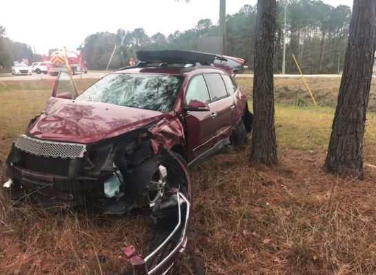 Crews respond to motor vehicle crash on Highway-17 & Doar Road