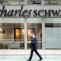 4 Things To Know About Charles Schwab Bank