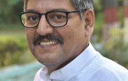 मोदी जी पूरे देश में आपके लिये ताली भी बजाया और थाली भी। बधाई हो/आनन्द माधव