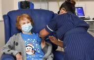 विदेश /90 वर्षीय यूके की महिला फाइजर वैक्सीन प्राप्त करने वाली दुनिया की पहली महिला बन गई है