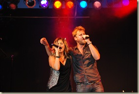 Lady Antebellum Friday 115