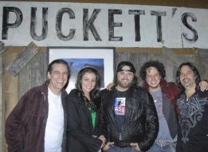 "Randy Houser part of ""Pickers At Pucketts"" benefit"