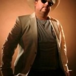"""Colt Ford coming to Appalachian Fair in August, """"Chicken & Biscuits"""" CD review from Red Dirt Report, and still time to enter to win your copy of Colt's new CD"""