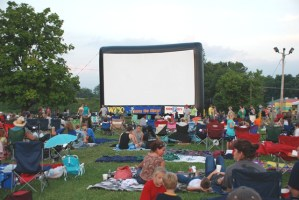 Lakeside Cinema at Winged Deer Park – the second night