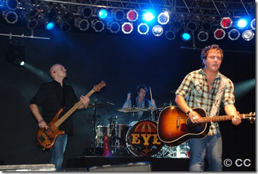 Eli Young Band Tuesday 220