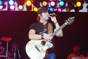 Jerrod Neimann got our 2011 Appalachian Fair off to a fantastic start!
