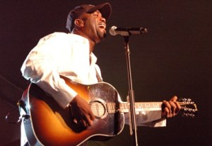 "Capitol Records, ASCAP, and UMPG Recognize Darius Rucker, Frank Rogers, and Kara DioGuardi For No. 1 Single – ""This"""