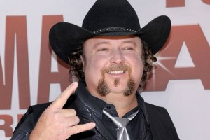 "Colt Ford's ""Declaration of Independence"" releases Aug. 7, 2012"