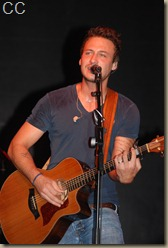 Love and Theft 058