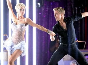Kellie Pickler made Dancing With the Stars announcement on The Ellen Show